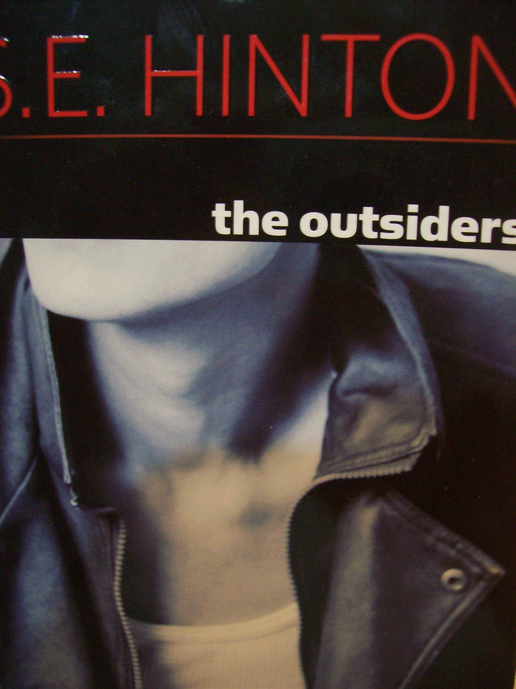 "an essay on the outsiders by s. e. hinton The outsiders: ""the outsiders"" written by one of the greatest authors of all time se hinton, the name speaks for itself she's written such a great novel at such a young age, proving adults wrong that teenagers can write great novels, tha."